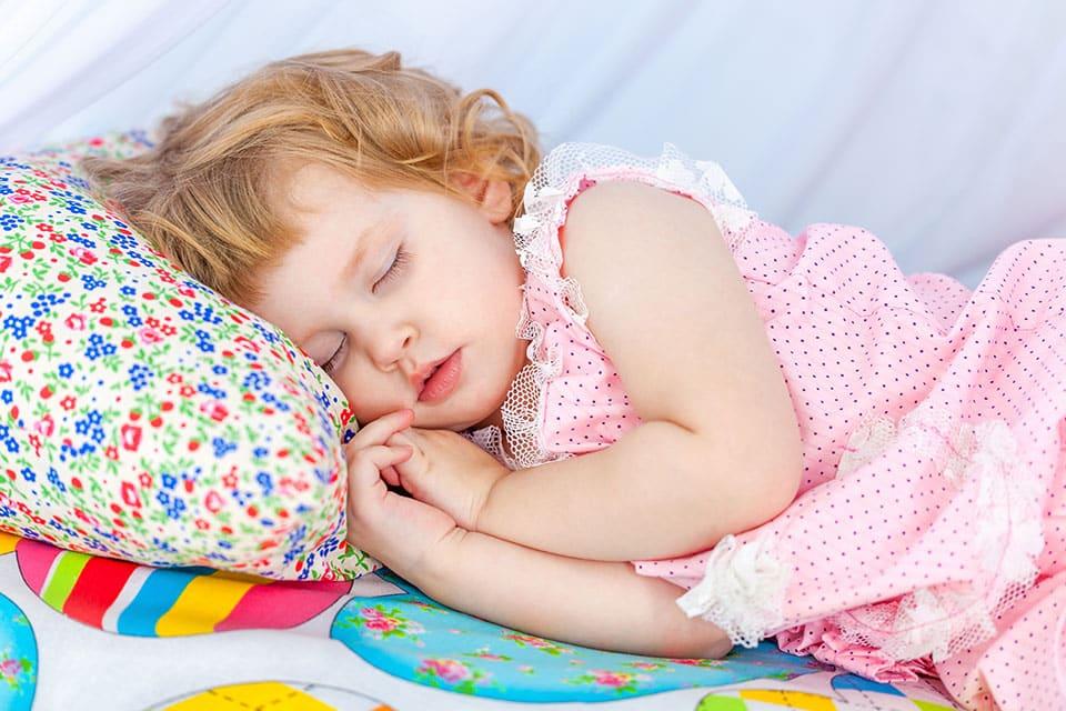 spécialiste sommeil bébé