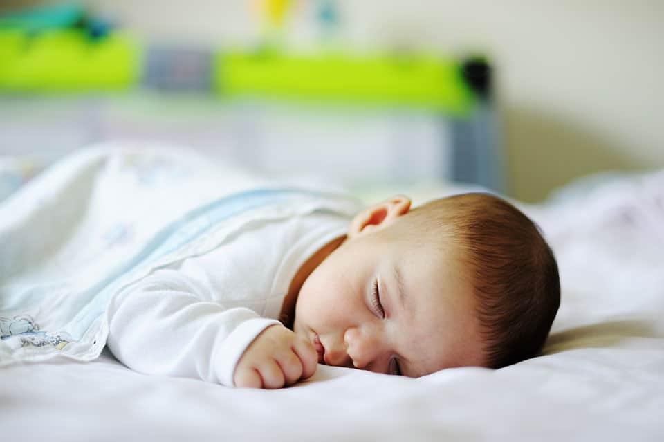 sommeil Bébé RGO 3-12 mois